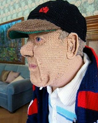 Бабушка психанула и связала себе дедушку.