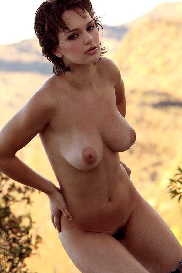 Голая актриса урсуляк онлайн 30