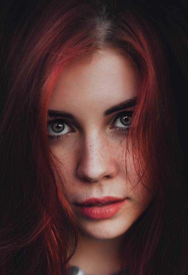 Фотосессия голубоглазой и рыжей девушки фото 310-440