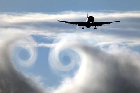 Правила для лохов, ага) самолет, турбулентность, страшно, упрямость, мат