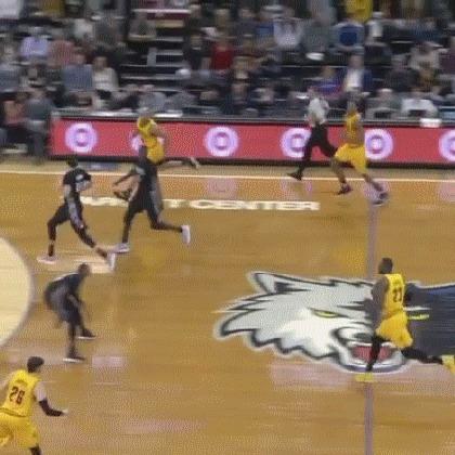 Слепой пас от ЛеБрона Баскетбол, NBA, LeBron James, Король, Слепой пас, гифка