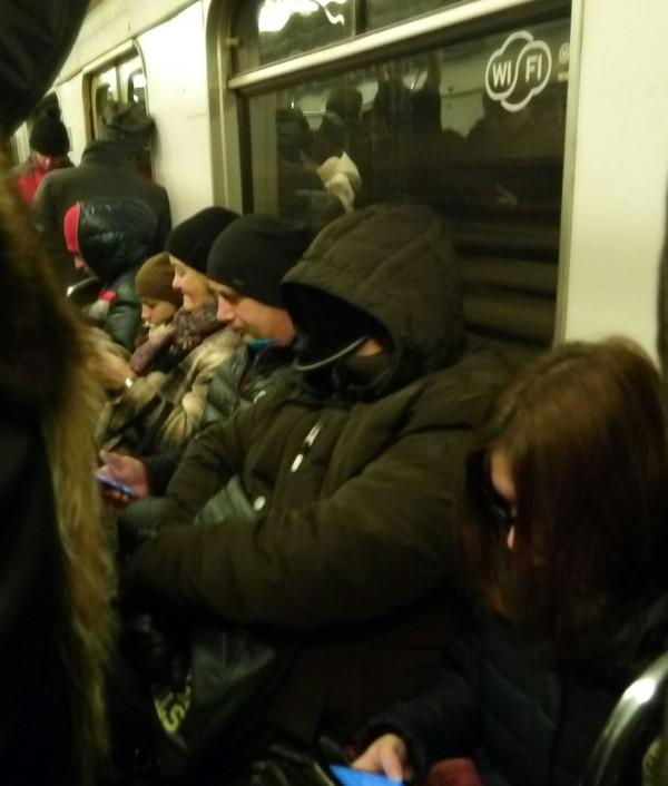 Рыцарь утреннего метро Метро, Утро, Фотография
