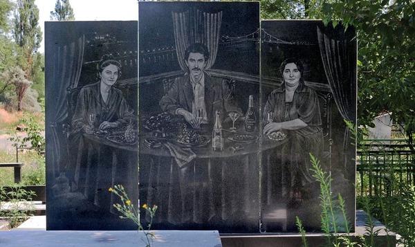 Памятник надгробия в екатеринбурге природные объекты химок
