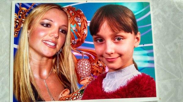 Бритни Спирс Бритни Спирс, фотомондаж, фотография, стол, девушки, дети