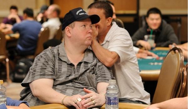 Хэл Любарски, у которого отсутствует зрение, занял 197 место на Мировой Серии Покера в 2007 году Покер, Факты, Wsop