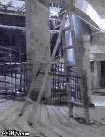 Boston Dynamics продемонстрировали самоходную лестницу Юмор, Лестница, Революционные инновации, Гифка