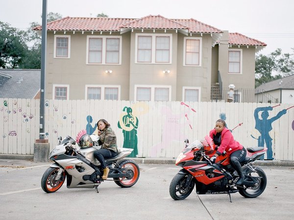 Caramel Curves - женский мотоклуб из Нового Орлеана Длиннопост, Женщина, Байк, Мото, Клуб, Новый Орлеан