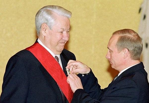 Путин подтвердил верность Ельцину. Политика, Культ личности, Ельцин, Путин