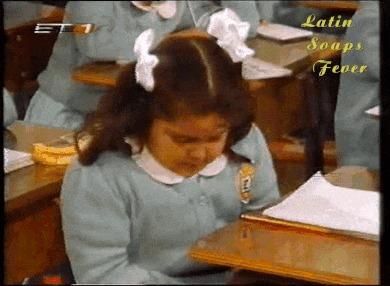 """""""Опа!А что это тут?"""" Школа, Парта, Девочка, Ланч, Гифка"""