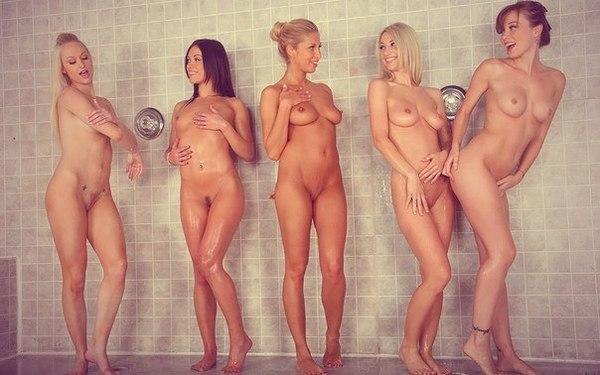 Девушки голые фото друг друга 95731 фотография