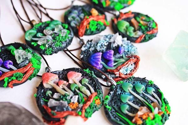 Весёлые грибочки амулеты, грибы, полимерная глина, рукоделие