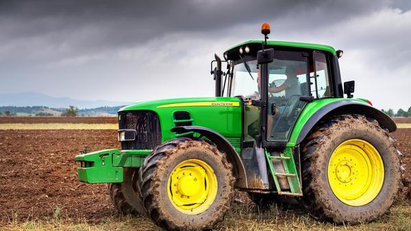 Американские фермеры взламывают и устанавливают украинскую прошивку на тракторы. geektimes, фермеры, трактор, копирайт, Копираст, Пиратство, длиннопост