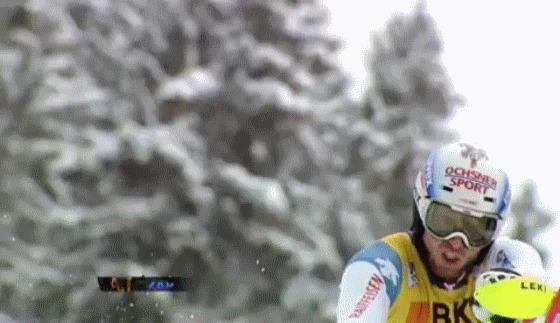 Не успел увернуться Горные лыжи, Слалом, Марк Гини, Fail, slow motion, гифка