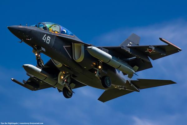 Цветовая дифференциация Як-130 Як-130, Авиация, Фотография