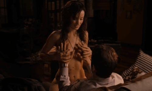 Сексуальных сцен фильма