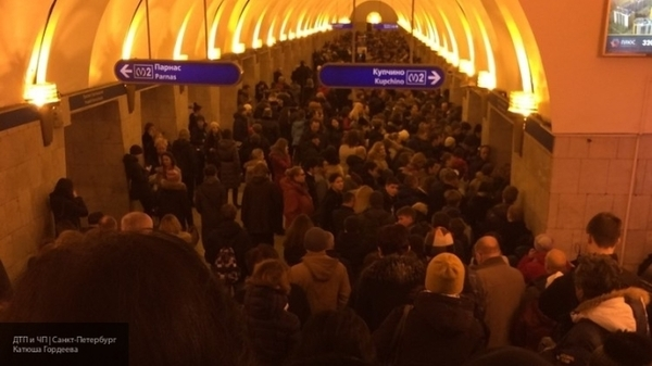 Странные поломки в метро Петербурга Санкт-Петербург, теория заговора, теракт, Такси, метро, текст