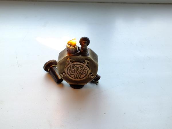 Запилил зажигалку в подарок почитателю SLAYER ) Зажигалка, Slayer, Бензиновая зажигалка, Lighter Slayer, Длиннопост