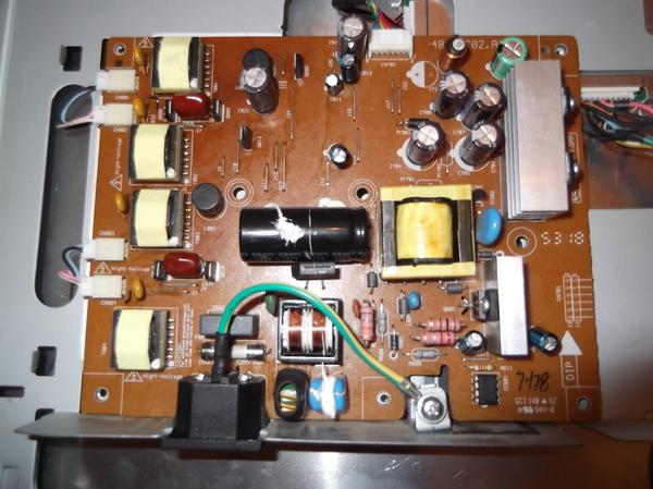 [Ремонт монитора] BenQ FP71G+. Нет подсветки сообщество ремонтеров, ремонт монитора, длиннопост
