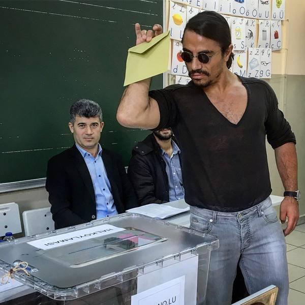Опять за свое повар, Турция, референдум