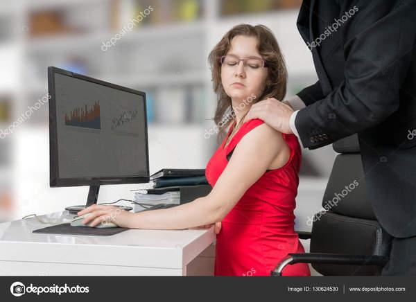 порно в офисе сидеть фото