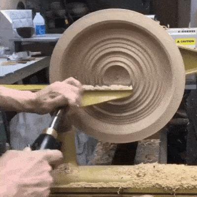 Чаша из дерева
