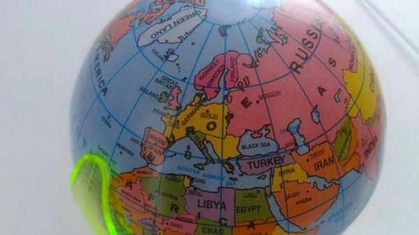 Поляки не нашли своей страны на немецком глобусе Политика, countryballs, глобус