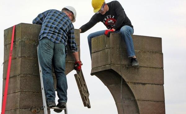 Памятник УПА полностью разрушили в польском селе под Перемышлем Украина, Польша, политика