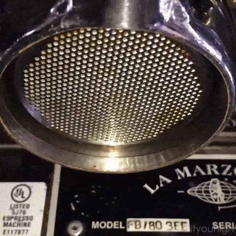 Эспрессо-машина в замедленной съёмке Кофе, Кофейный автомат, Slow motion, Гифка