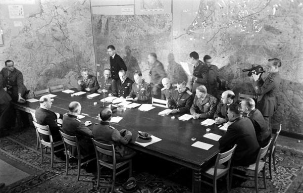 Капитуляция. Как сдавалась фашистская Германия | История ...