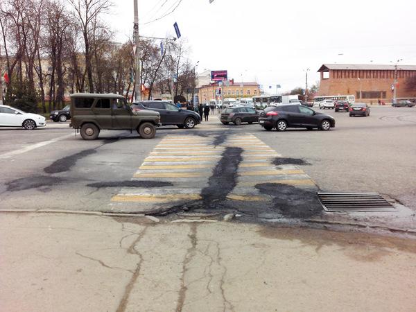 И так сойдет Смоленск, Пешеходный переход, Разметка, Укладка асфальта