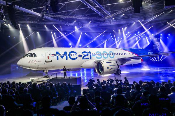 Первый летный экземпляр МС-21 покинул сборочный цех Мс-21, Авиация, Авиалайнер, Самолетостроение, Россия