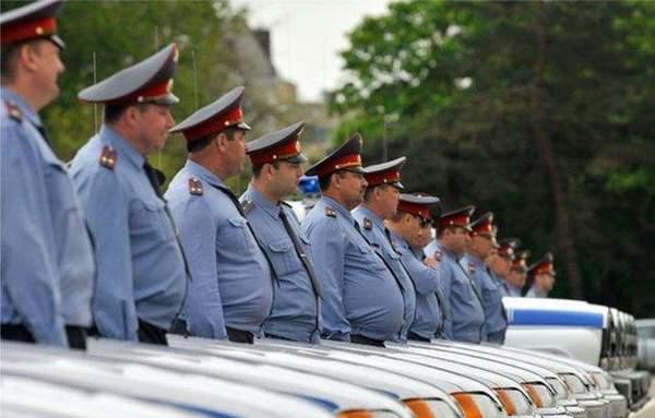 Говоришь кость широкая? В Таджикистане уволили толстых милиционеров милиция, таджикистан, лишний вес, Толстые люди