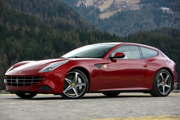 Россиянин хочет отсудить около 19 млн рублей за пузыри на своем Ferrari общество, Россия, авто, Ferrari, автодиллеры, суперкар, газетару