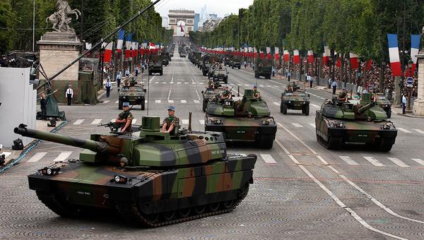 0 праздновании 9 мая..... Россия, 9 мая, Военный парад, День взятии Бастилии, Франция, Политика, несправедливость мира, с праздником