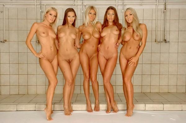 Много голых девушек порно фото