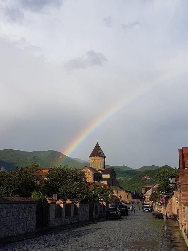 Светицховели под радугой Грузия, храм, Светицховели, радуга