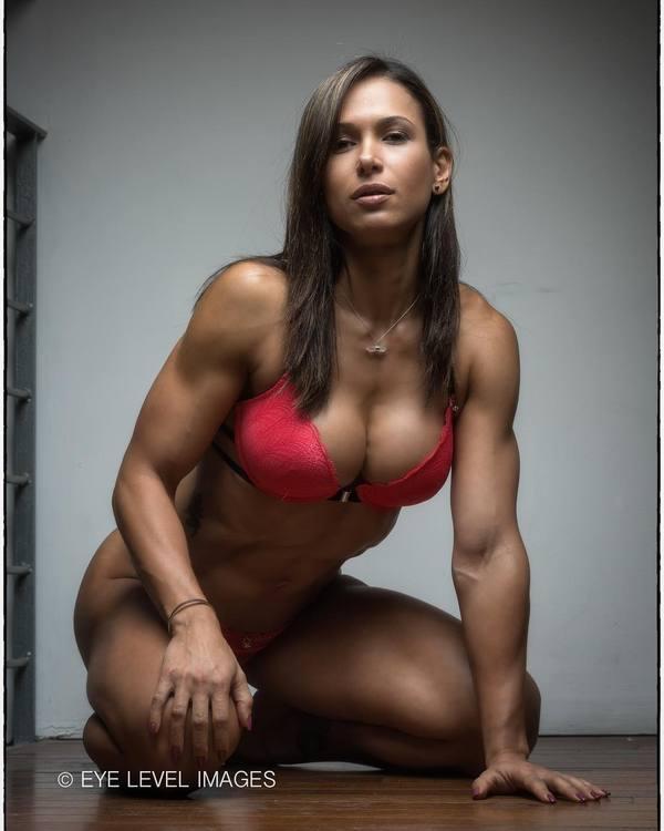 Flavs Basile (@flavs_basile_wbffpro) Flavs Basile, фотография, крепкая девушка, Фитоняшка, спортивные девушки, длиннопост