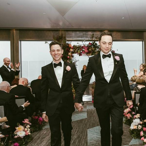 Джим Парсонс и его партнер Тодд Спивак поженились после 14 лет совместной жизни. Теория большого взрыва, Джим Парсонс, Геи