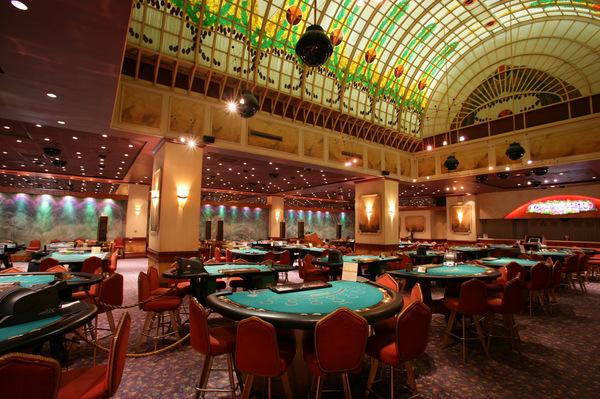 Казино любителей просто отдохнуть повседневной жизни сходить казино срубить пару сколько платить налог за игровые автоматы