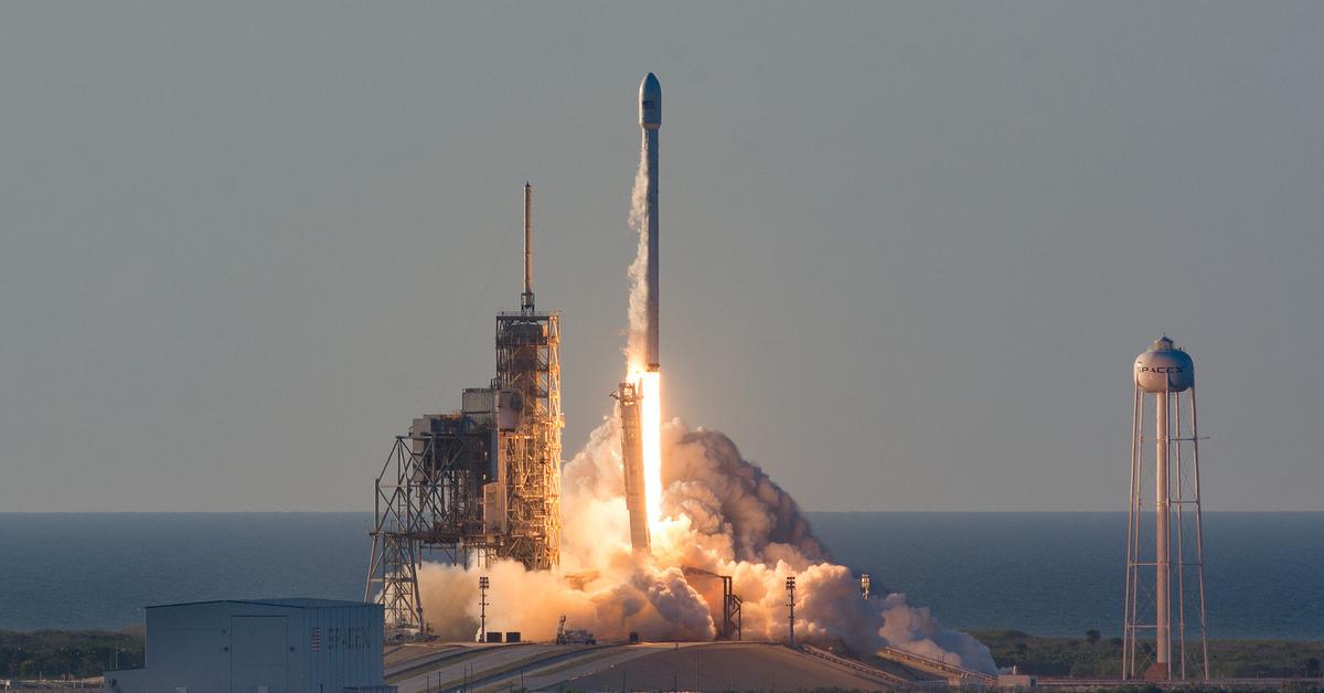 rocket space coast image - 1280×720