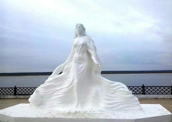 Красивая как река река лена, Олёкминск, Якутия, статуя, длиннопост