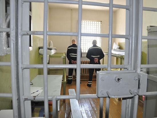 Тюремные условия для жестких беспредельщиков криминал, сизо, маньяк, тюрьма, пожизненное заключение, длиннопост