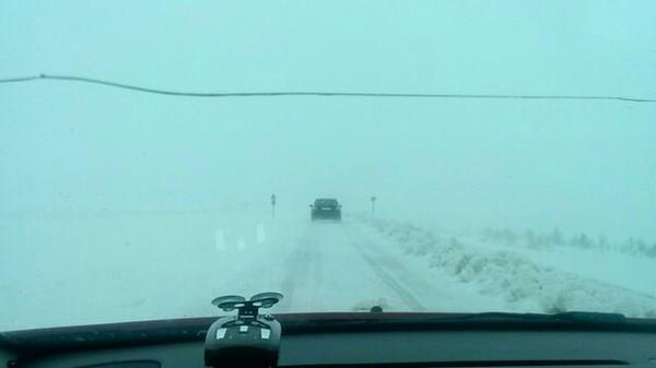 С 1 днём лета Мурманчане !) мурманск, лето, Снег