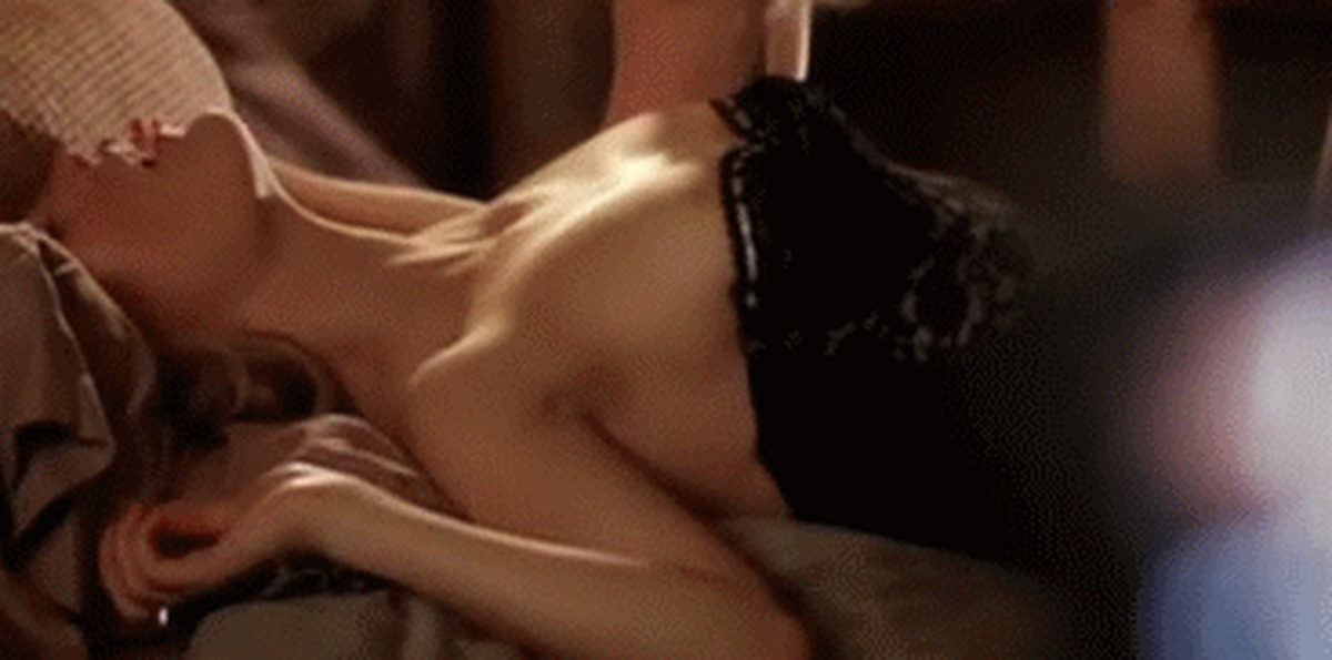 beautiful-sexy-scene-gif