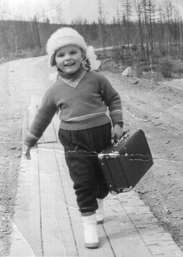 Дочка геологов, Якутия, 1966 год. Фотография, Historyporn, Геологи, История