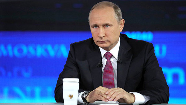 Путин: следующему президенту РФ предстоит обеспечить рост доходов граждан страны События, Политика, Россия, Путин, Прямая линия, Экономика, Hi-Tech, ТАСС