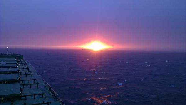 Eye of Sauron море, индийский океан, красота, властелин колец, судно, видео