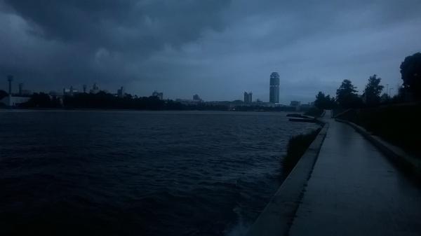 Лето. Екатеринбург, вчера.Фотографировал на Lumia 630