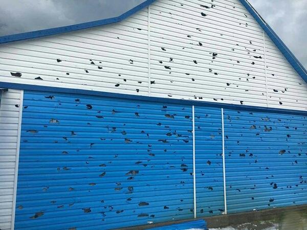 Град в Алтайском крае VS пластиковый сайдинг град, сайдинг, стихия, хреновая погода, алтайский край