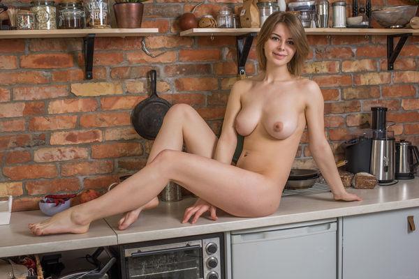 голые домахозяики фото